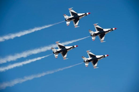The Thunderbirds perform an aerial demonstration during the Gowen Thunder Open House and Airshow Oct. 14, 2017 at Gowen Field in Boise, Idaho.