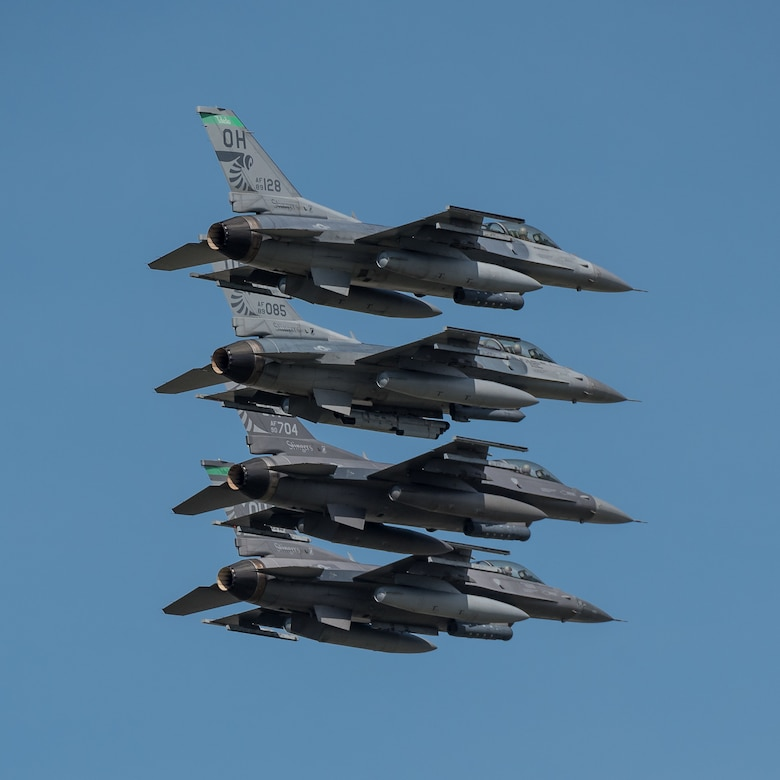A group of F-16 Falcons from the Ohio Air National Guard's 180th Fighter Wing steaks over the Ohio River during the annual Thunder Over Louisville airshow in Louisville, Ky., April 13, 2019. Hundreds of thousands of spectators turned out to view the event, which has grown to become one of the largest single-day air shows in North America. (U.S. Air National Guard photo by Dale Greer)