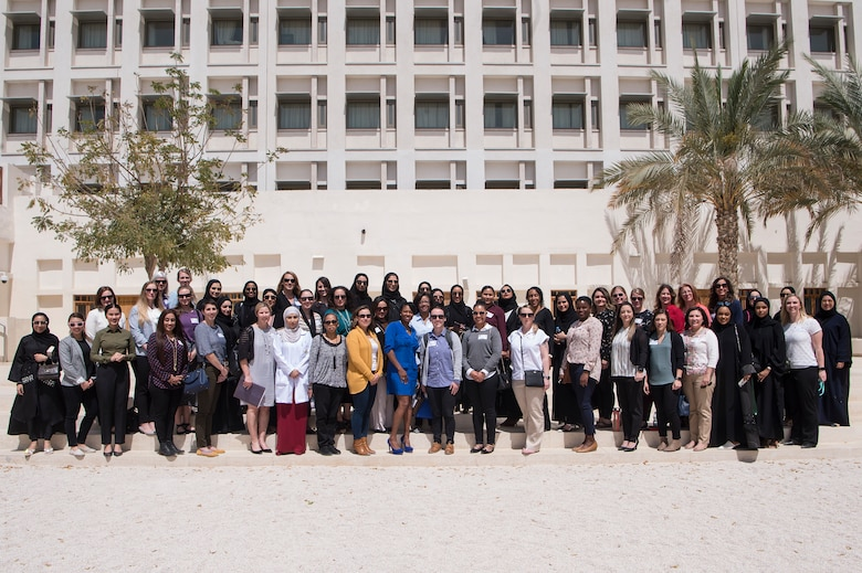 U S , Qatar military women build relationships over