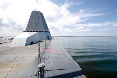 USS Zumwalt Sailing