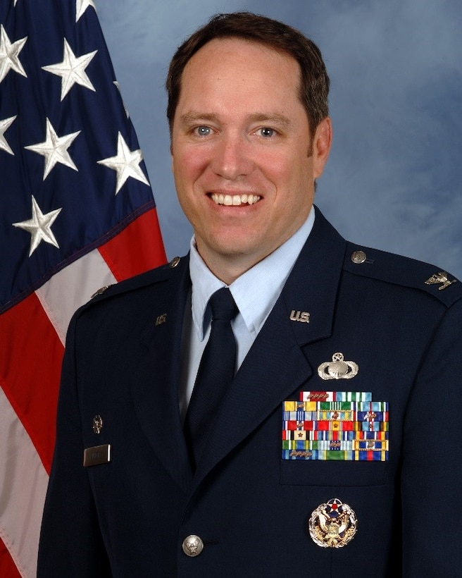Colonel Douglas E. Pierce is the Commander, 647th Air Base Group, 15th Wing, and Deputy Commander, Joint Base Pearl Harbor-Hickam, Hawaii. In the 647th Air Base Group, he leads over 900 personnel and five squadrons to deliver the full range of mission support for base, theather and global air/joint operations as required by the Commander,U.S. Pacific Command and the Commander, Pacific Air Forces. He directly supports operation of the AF's largest joint, dual-use airfield, leads base emergency operations, protects $6.5B in DoD assets, acquires $220M in support for theater missions and maintains/trains war fighting-ready forces for ongoing expeditionary combat support. As the Deputy Commander, Joint Base Pearl Harbor-Hickam, he assists the Joint Base Commander with activating, integrating and guiding over 50 installation support functions for joint base operations supporting more than 38,000 personnel and families.