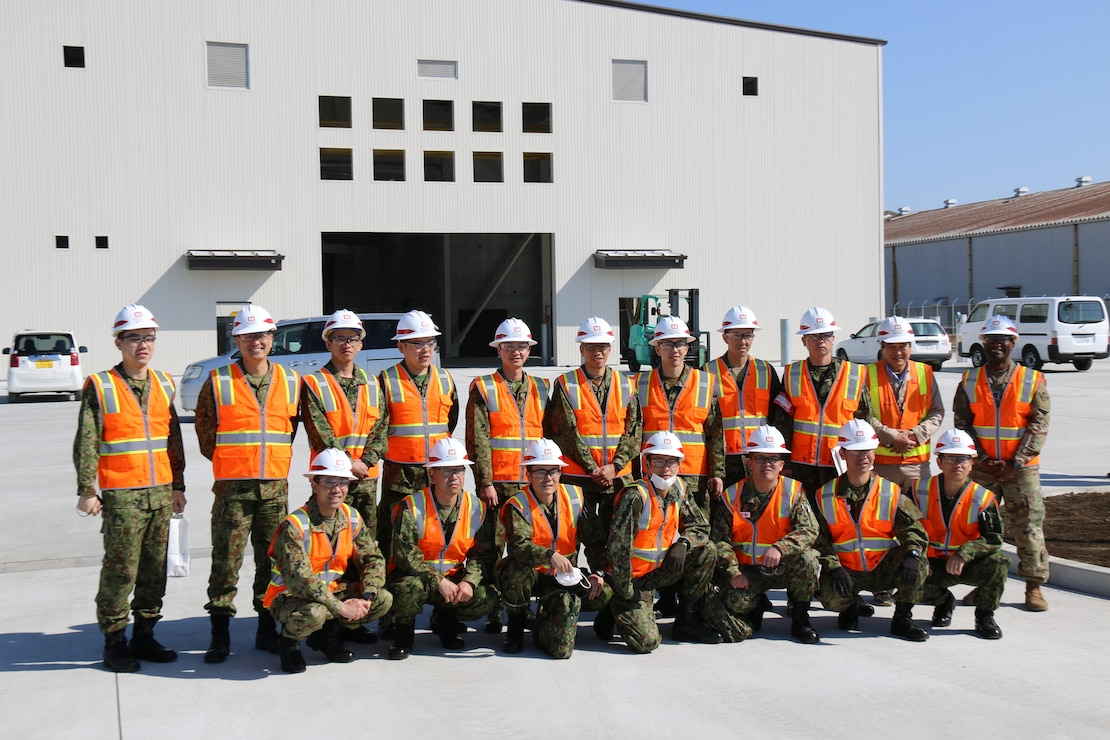 JGSDF Engineers visit the Depot