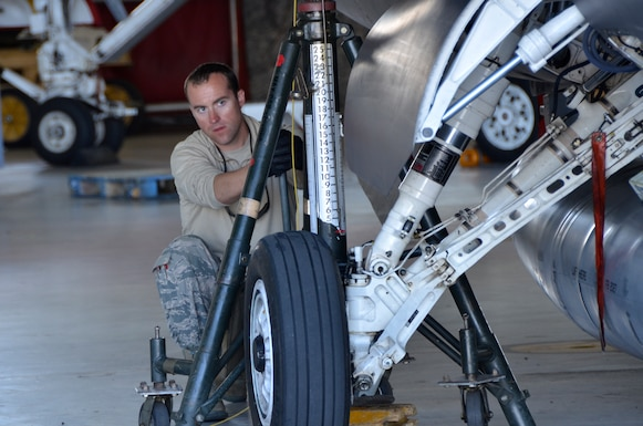 Master Sgt. Matt Lee, Tactical Aircraft Maintenance Specialist with the 114th Aircraft Maintenance Squadron, prepares to jack an F-16C Fighting Falcon during Lobo Plummet at Marine Corps Air Station Miramar, California, March 2019.