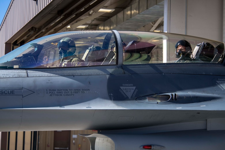 U.S. Army Brig. Gen. Gregory Brady, White Sands Missile Range commander, rides in the back seat of an F-16 Fighting Falcon during a familiarization flight, April 19, 2019, on Holloman Air Force Base, N.M. During his visit, Brady gained a better understanding of the Holloman mission and the capabilities of the F-16. (U.S. Air Force photo by Staff Sgt. Christine Groening)