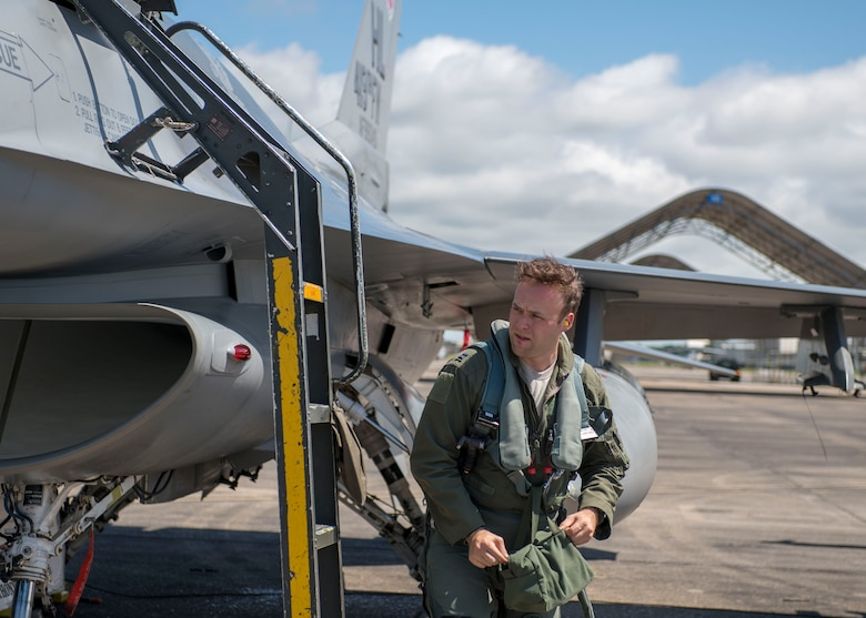 U.S. Air Force Capt. Robert Ritchie, 8th Fighter Squadron F-16 Basic-Course student pilot, begins an inspection after a flight, April 9, 2019, on Naval Air Station Joint Reserve Base New Orleans, La. During the temporary duty assignment, the B-Course students completed their syllabus training. (U.S. Air Force photo by Airman 1st Class Kindra Stewart)