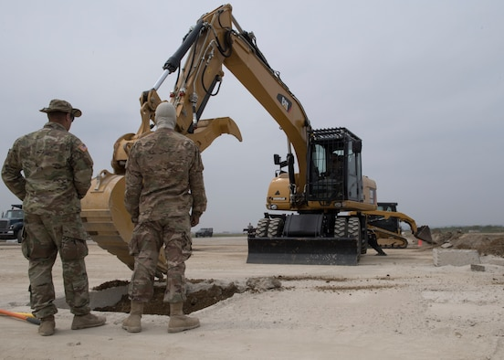 Osan engineers, 554th Red Horse Squadron team up for training