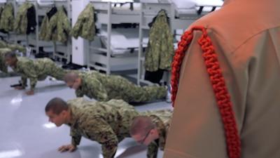 Close up of recruits doing push ups