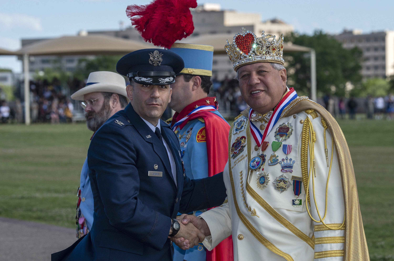 Fiesta Royalty Visits Jbsa Lackland Gt Joint Base San