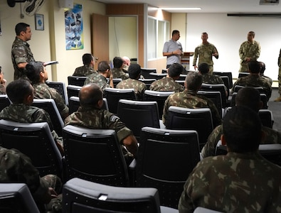 SOCSOUTH service members discuss past operations with the Brazilian Army 1st Psychological Operations Battalion during a subject matter expert exchange held in Goiânia, Brazil, April 15-19, 2019.