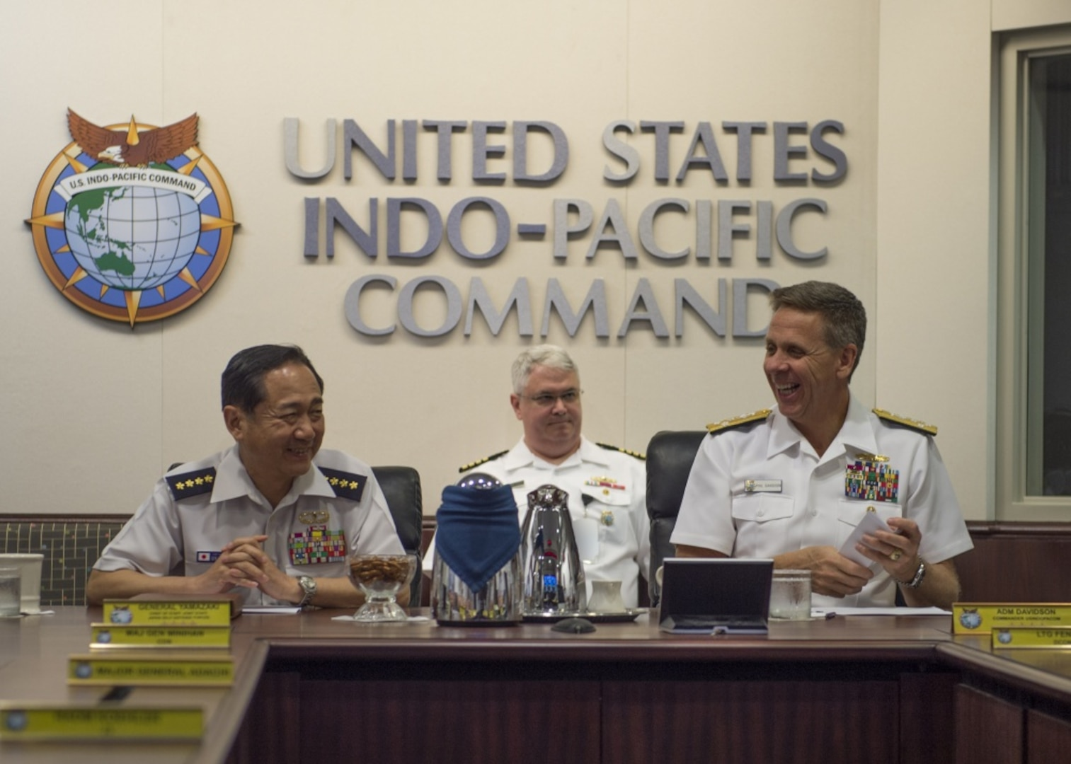 190424-N-WY954-085 CAMP SMITH (April 24, 2019)-Commander, U.S. Indo-Pacific Command (USINDOPACOM), Adm. Phil Davidson, meets with the Chief of Staff, Joint Staff, of Japan Self-Defense Forces (JSDF), Gen. Koji Yamazaki, at USINDOPACOM headquarters. This is Yamazaki's first time visiting USINDOPACOM since assuming his new role as the 6th Chief of Staff, Joint Staff of the JSDF. The visit demonstrates the U.S. and Japan alliance as the cornerstone for peace and security in the region, and how together, they are committed to ensuring a free and open Indo-Pacific. (U.S. Navy illustration by Mass Communication Specialist 1st Class Robin W. Peak)
