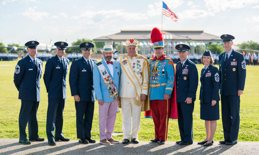 Fiesta Royalty Visits Jbsa Lackland Gt Joint Base San