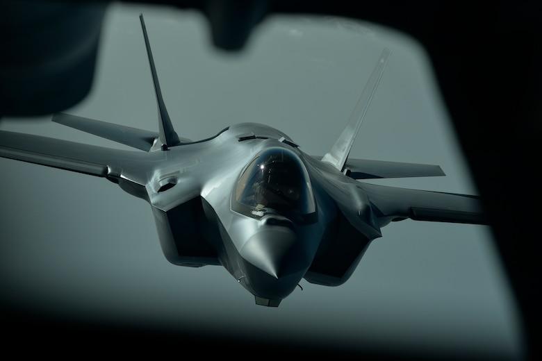 A photo of an F-35A Lighting II