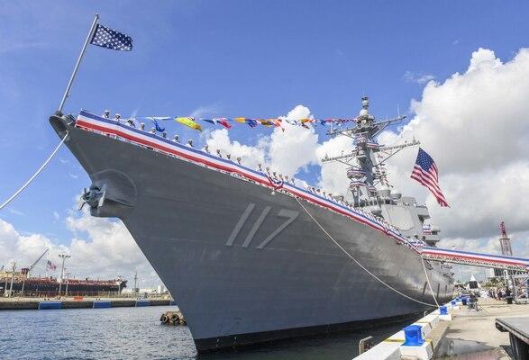 Warship USS Paul Ignatius (DDG 117)