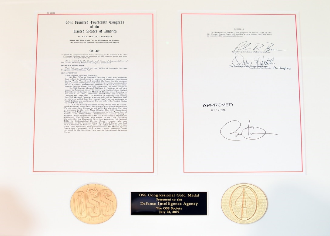 JOINT BASE ANACOSTIA-BOLLING, D.C. (July 31, 2019) The OSS Congressional Gold Medal presented to the Defense Intelligence Agency by the OSS Society. (DIA photo by David Richards/Released)
