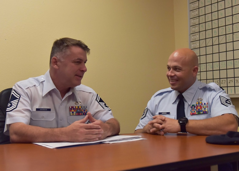 Many members of the 944th Fighter Wing began their journey with the 944th FW recruiting service, which recently welcomed its new flight chief, Senior Master Sgt. Jeffrey Ossman.Ossman is new to Phoenix and the 944th FW, but comes in with over 14 years of U.S. Air Force recruiting experience.