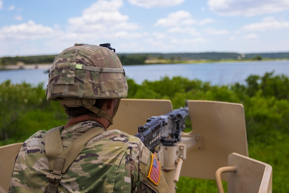 Military Police Soldiers' Energy Remains High During Training