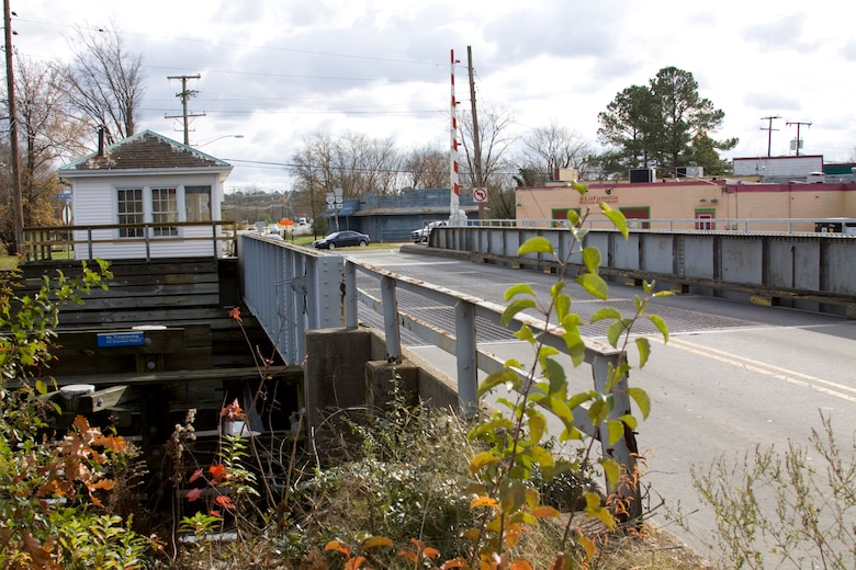 Built in 1934, Deep Creek Bridge is a federally owned and operated facility. The bridge passes over the Dismal Swamp Canal where U.S. Route 17 crosses in Chesapeake, Va. (Official U.S. Army Photo by Patrick Bloodgood)