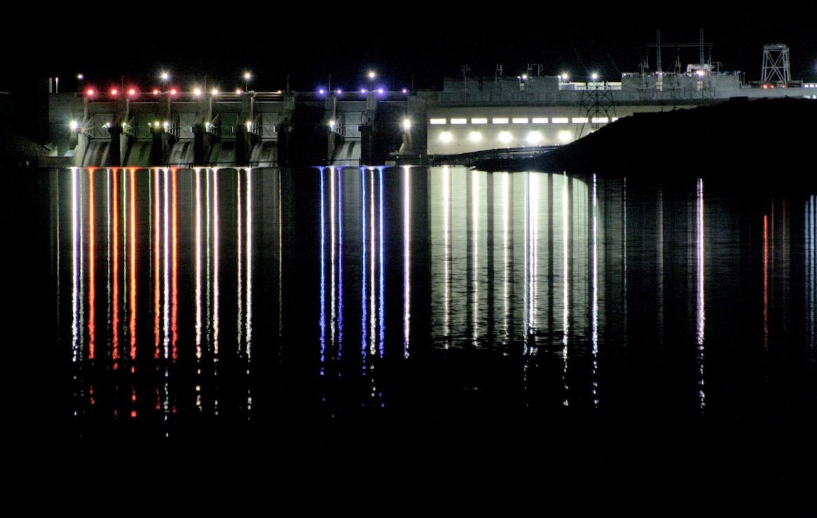 Little Goose Lock and Dam at night