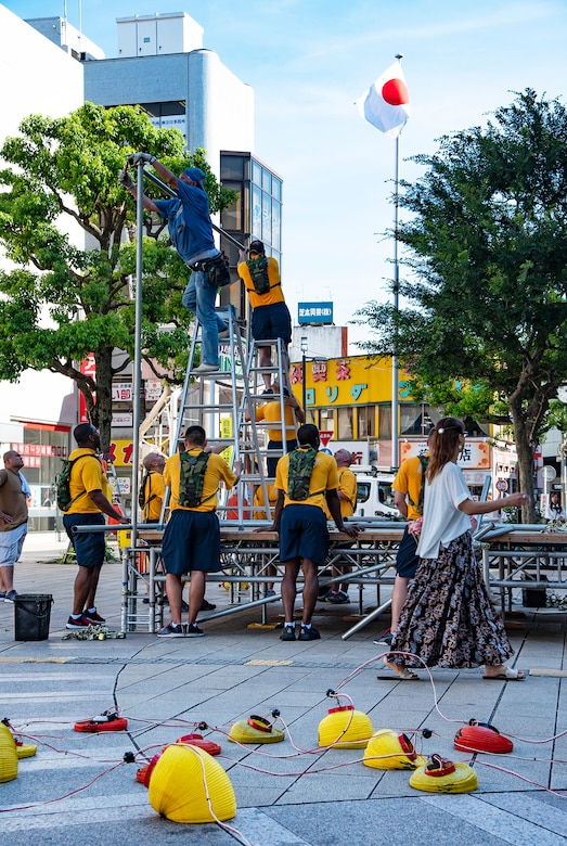 YAMATO, Japan (Aug. 09, 2019) Chief Petty Officers (CPO), CPO selectees and citizens from Yamato city assemble the Yagura stage for the city's annual Yamato Furusato summer festival. The festival featured dance routines performed by members of the local community as well as Naval Air Facility Atsugi's Bon Odori dancers.