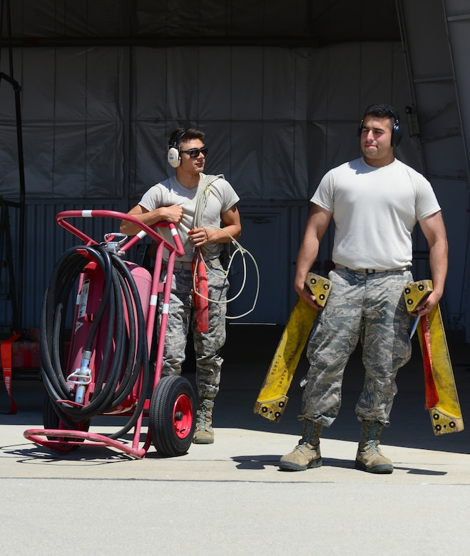 372nd TRS Det. 21: Training future U-2 crew chiefs