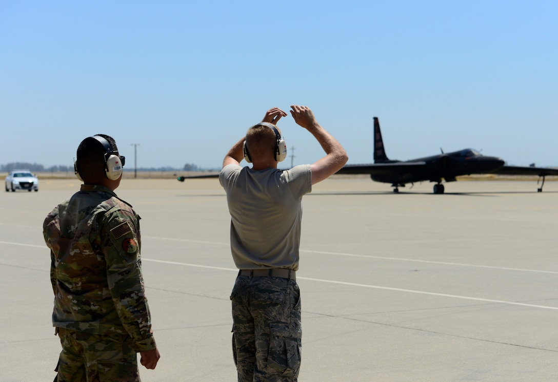372nd TRS Det. 21: Training future U-2 crew chiefs