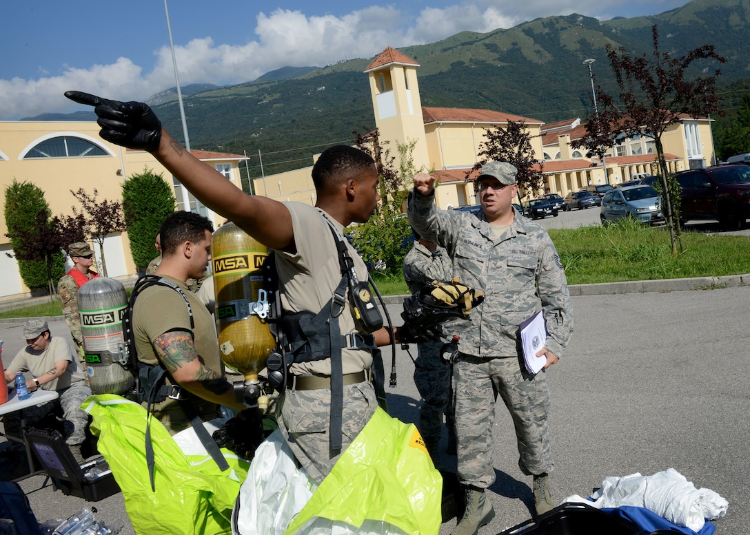 On Aug. 9, BE participated in exercise Ready EAGLE in order to hone their skills as hazard responders.