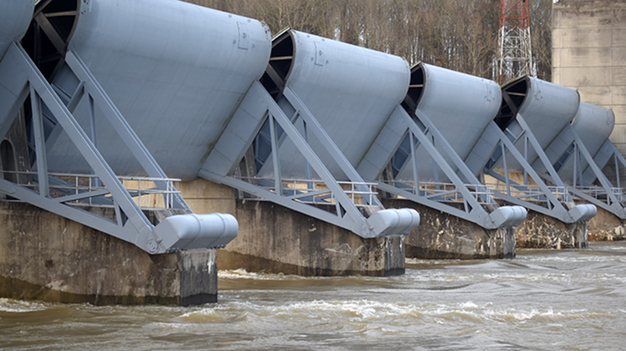 The U.S. Army Corps of Engineers Nashville District invites the public for a free tour of Cheatham Dam Lock and Dam and Hydropower Plant on the Cumberland River in Ashland City, Tenn., 11 a.m. Central Time Saturday, Sept. 21, 2019. The project is operated and maintained by the U.S. Army Corps of Engineers Nashville District. (USACE photo by Lee Roberts)
