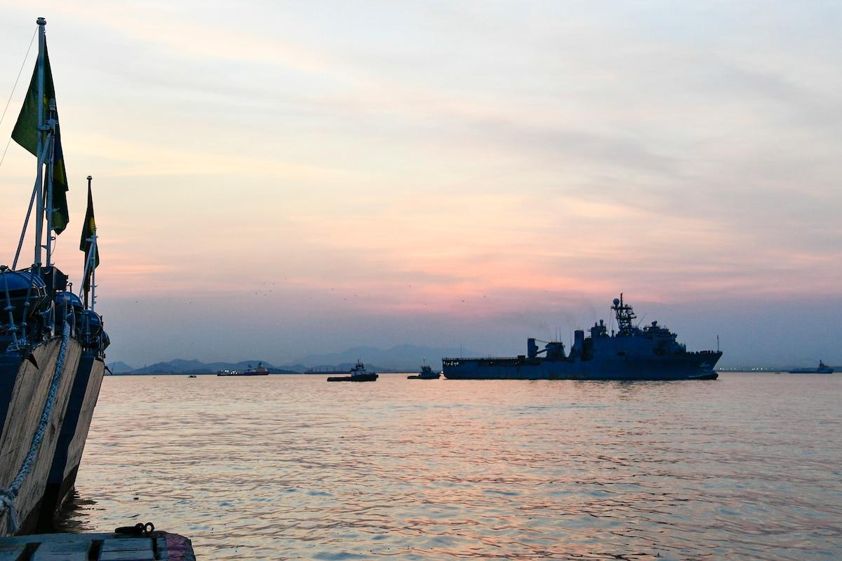 USS Carter Hall pulls into the port of Rio De Janeiro.