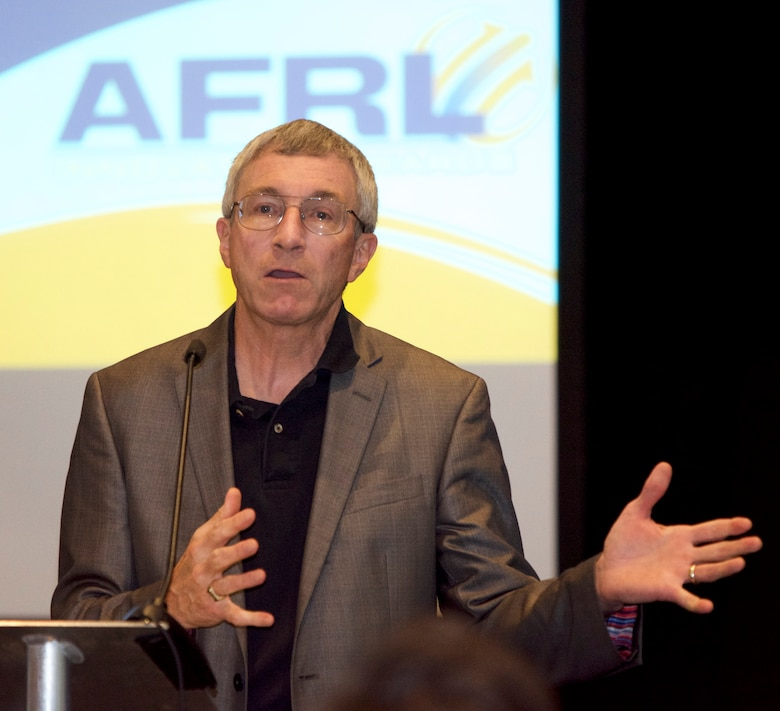 Dr. Neil McCasland director of technology for Applied Technology Associates (ATA) speaks to the Air Force Research Laboratory inventors and their families at AFRL New Mexico's Innovation Awards celebration held on Aug 9. in Albuquerque, N.M.