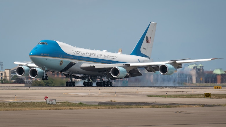 President Donald Trump arrives at the Kentucky Air National Guard Base in Louisville, Ky., aboard Air Force One on Aug. 21, 2019. Trump was in town to speak at an AMVETS convention and attend a fundraiser for Kentucky Gov. Matt Bevin's re-election campaign. (U.S. Air National Guard photo by Dale Greer)