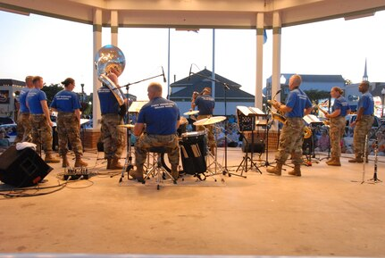 U.S. Army Band Swirls Up a Storm at The Beach
