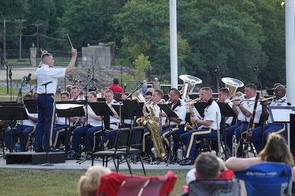 """Members of the District of Columbia National Guard's 257th Army Band perform at River Mill Park in Occoquan, Va., during their 2019 summer concert series, """"Of the People, For the People"""" Aug. 10. (Courtesy Photo)"""