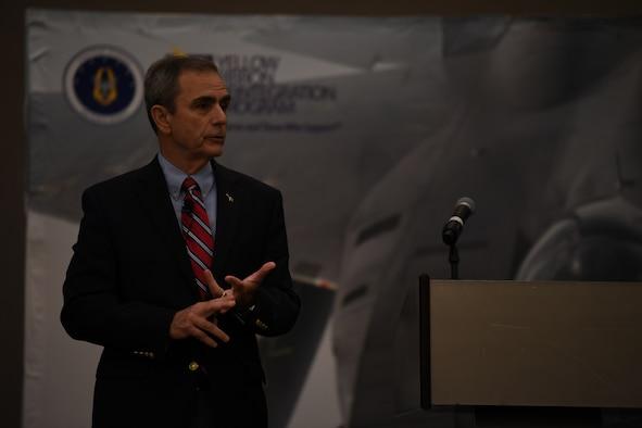 Former POW addresses deployers