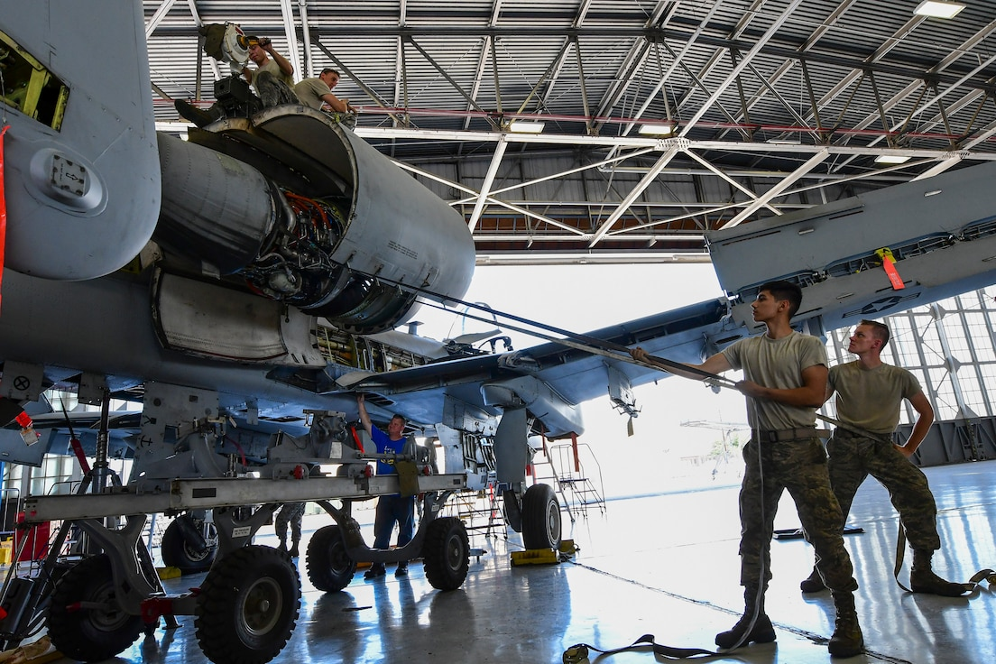 A story about A-10 maintainers