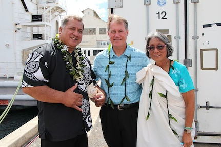Rep. Ed Case (center), shipyard worker (left), and Ali'i Pauahi Hawaii Civic Club member (right) at Dry Dock One on Aug. 21, 2019.
