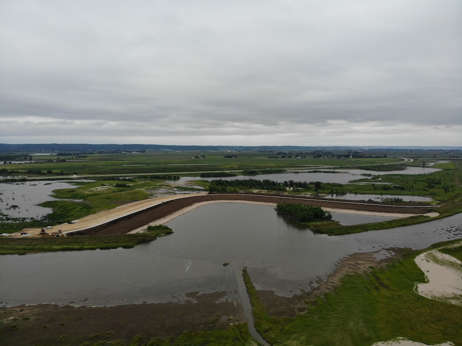 Documentation showing USACE Omaha District progress at levee L611-614 near Council Bluffs, Iowa Aug. 25, 2019