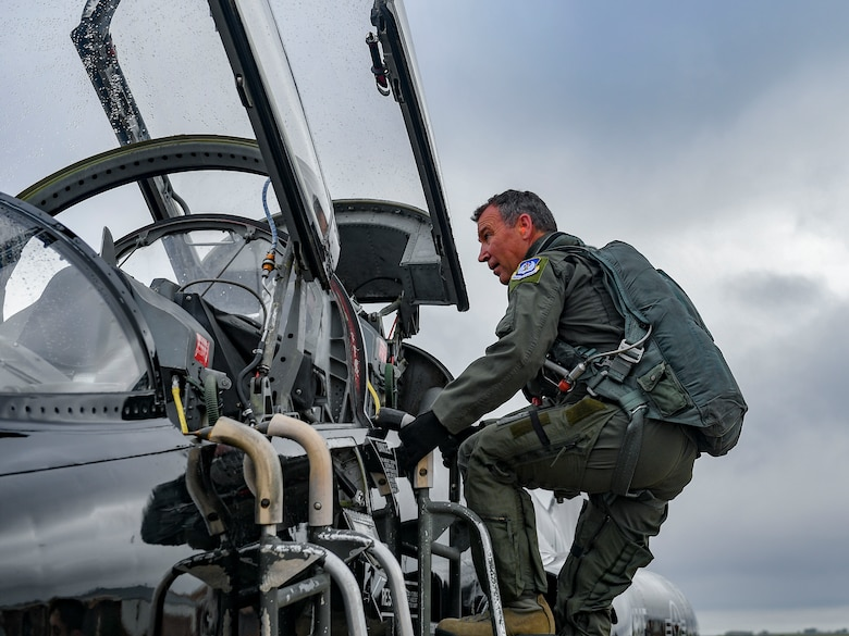 U.S. Air Force Maj. Gen. Chad Franks, Ninth Air Force commander, boards a T-38 Talon aircraft August 28, 2019, at Joint Base Langley-Eustis, Virginia.
