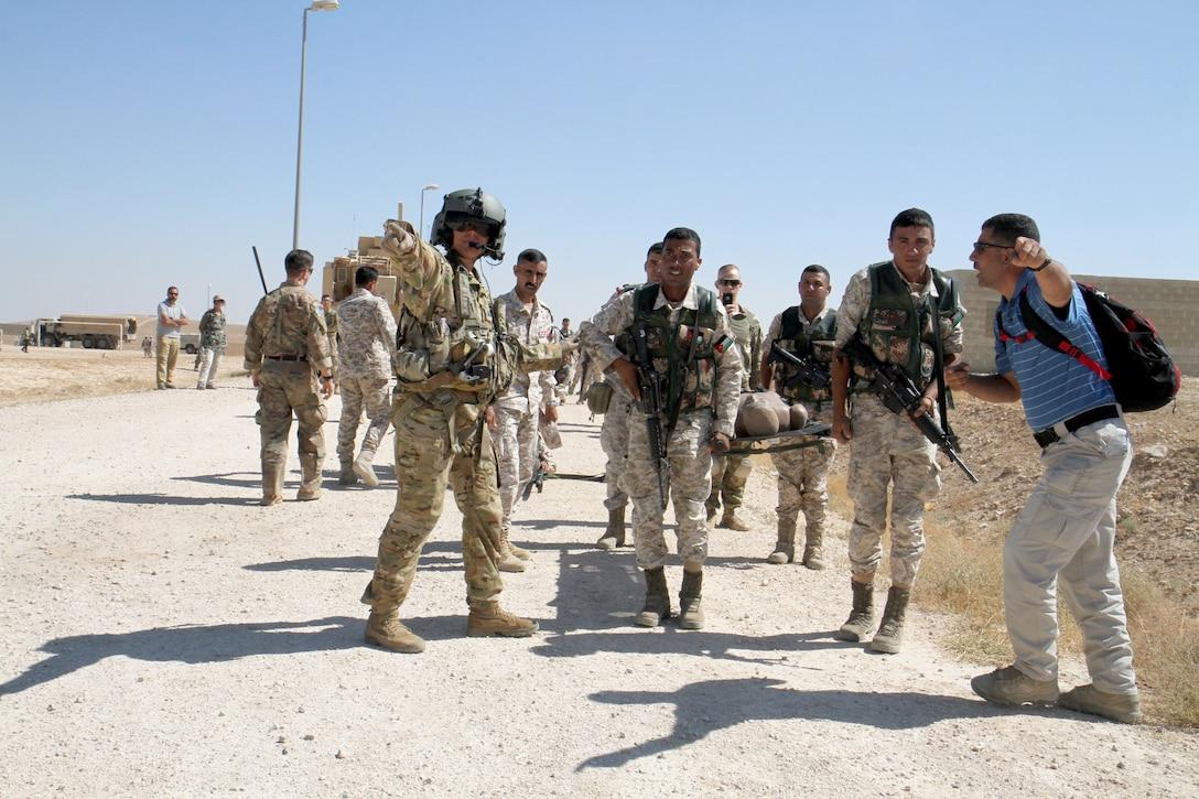 American, Jordanian soldiers conduct MEDEVAC training