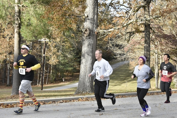 Participants of the 34th Annual AEDC Turkey Trot prepare to hit the trail behind the Arnold Lakeside Center. This year's event featured a new location and post-run social hour at the ALC. (U.S. Air Force photo by Bradley Hicks)