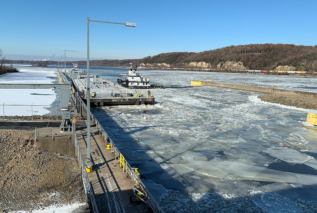 Ice on the river on Nov. 14 at Lock and Dam 2 in Hastings, Minnesota