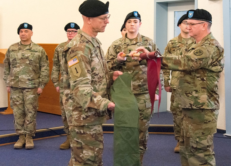 Army Reserve Medical Support Unit transfers authority of DWMMC in Germany