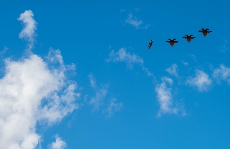 308th FS F-35A Lightning IIs soar in the sky