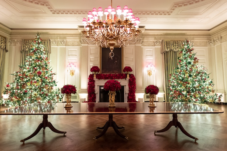 State Dining Room of the White House with Christmas decorations.