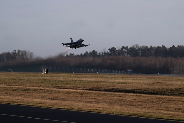 A U.S. Air Force F-16 Fighting Falcon, assigned to the 480th Fighter Squadron, takes off at Spangdahlem Air Base, Germany, Dec. 10, 2019. Spangdahlem F-16s participated in an Allied Combat Lethality Exercise with the Polish air force to enhance NATO partner capabilities. (U.S. Air Force photo by Airman 1st Class Valerie Seelye)