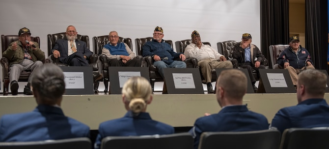 War Veterans speak at the Mission Support All Call
