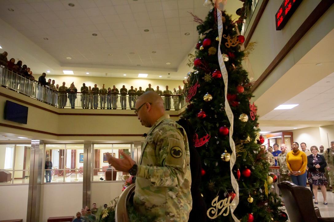 Army Reserve celebrates holiday season with tree-lighting ceremony