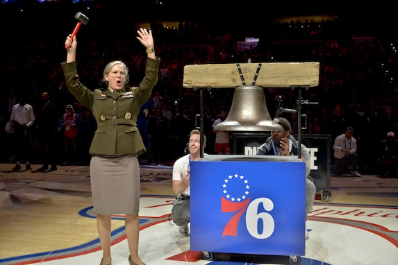 76ers honor Soldiers during Army Week 19