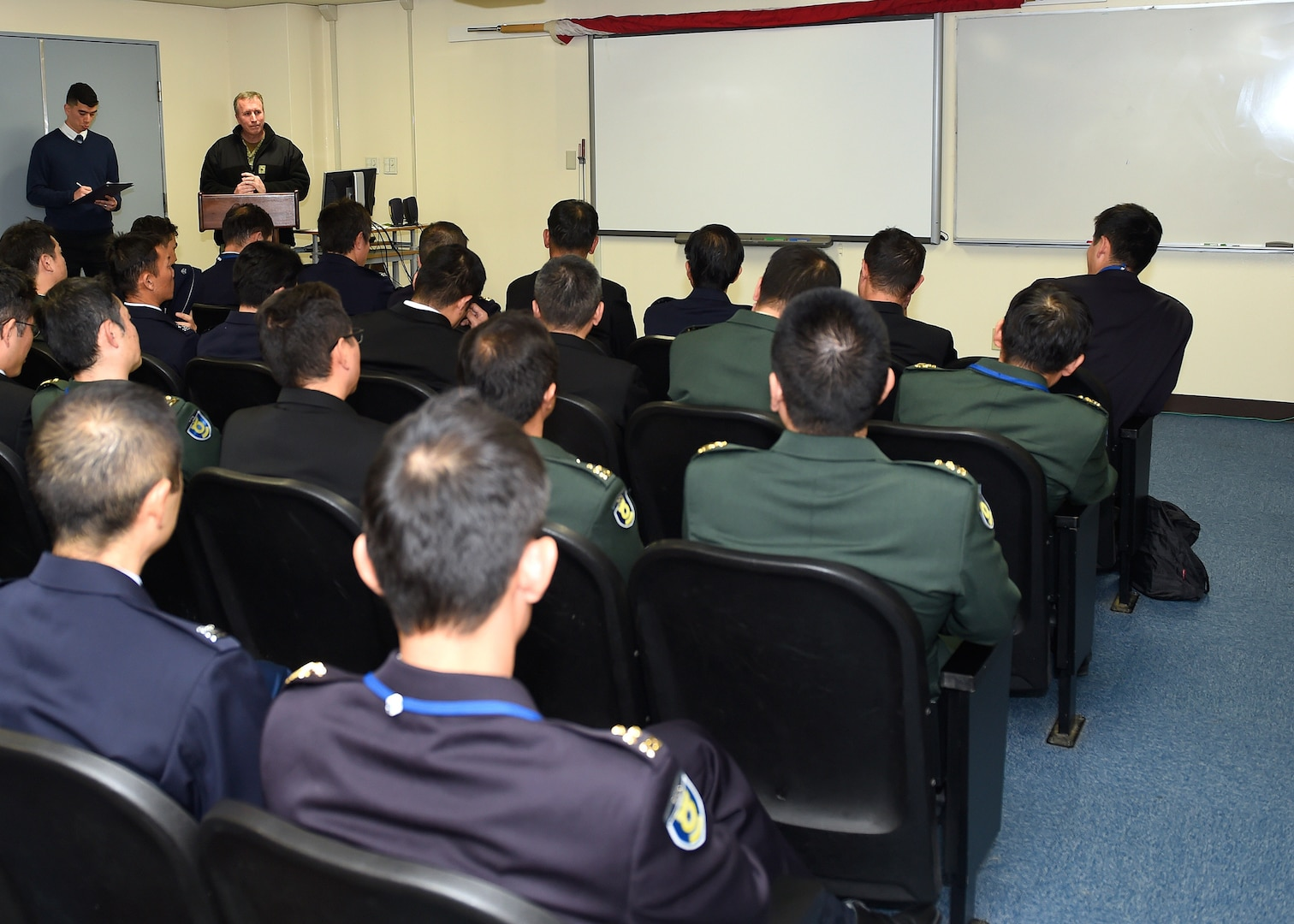 Commander US 7th Fleet and Commander Naval Forces Japan Speak to National Institute for Defense Studies Students.