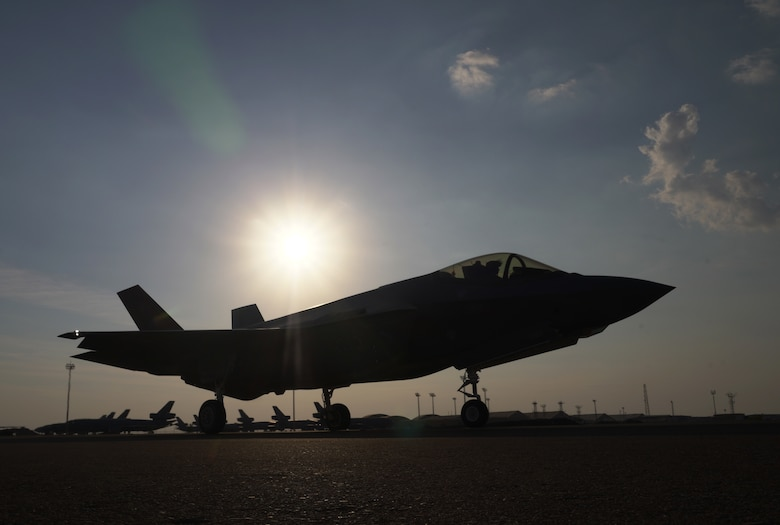Image of F-35 on the horizon