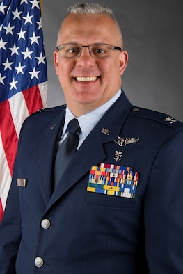 Official portrait of Col. Yancy S. Short.(U.S. Air National Guard photo by Airman 1st Class Caleb Vance)